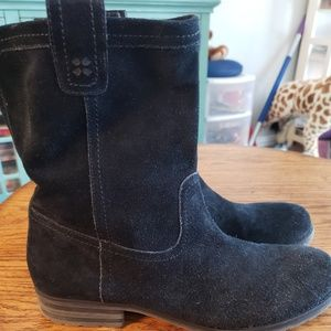 Naturalizer Suede Ankle Boots